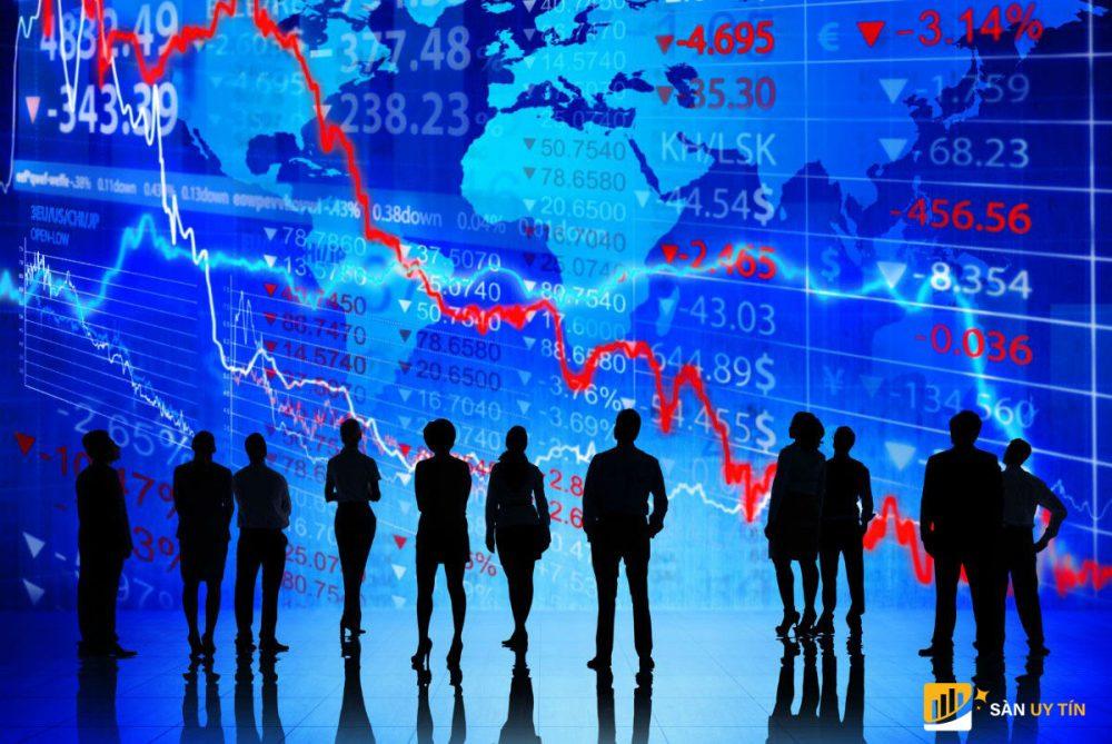 Giá cổ phiếu trong ngắn hạn không bị ảnh hưởng nhiều bởi tin vắc xin