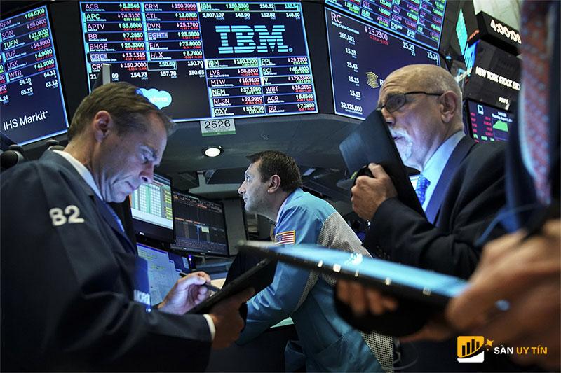 Chứng khoán Mỹ đã bù đắp phần lớn khoản lỗ