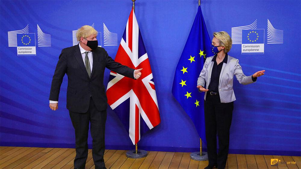 Thủ tướng Anh Boris Johnson và Chủ tịch Ủy ban châu u Ursula von der Leyen