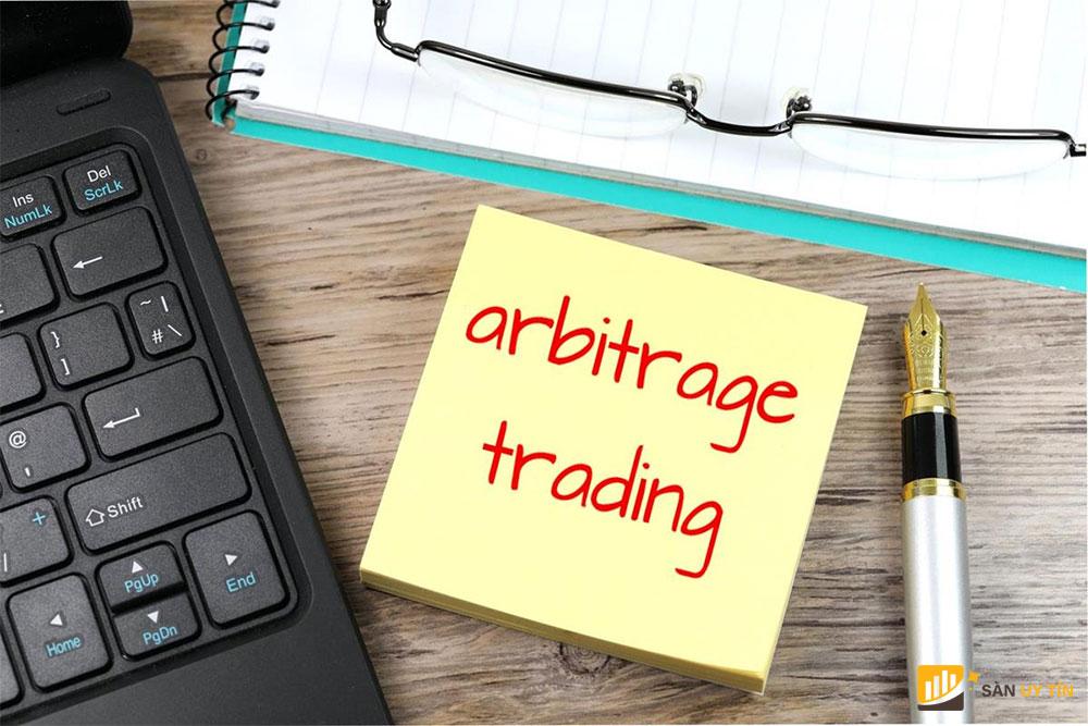 Giao dịch arbitrage là gì?