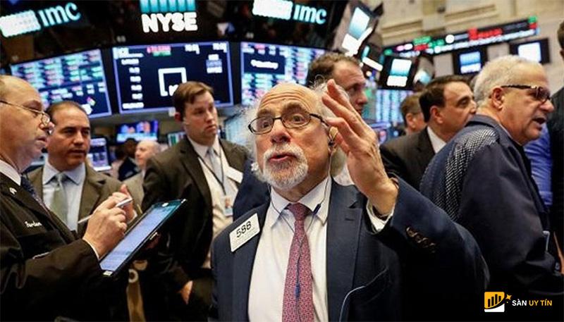 Thị trường chứng khoán sau những sự kiện lớn