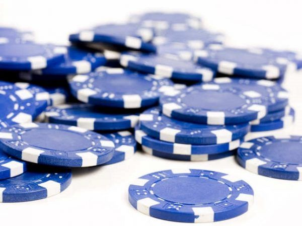 Cổ phiếu blue-chip là gì