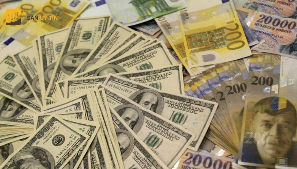 USD tăng giá so với những đồng tiền khác