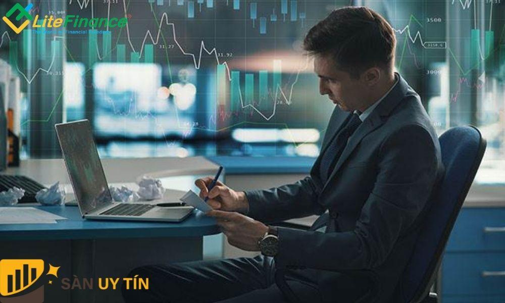 Các chuyên gia đánh giá sàn LiteFinance là một sàn uy tín và chất lượng