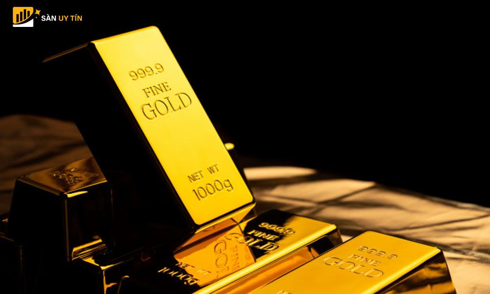 Kinh nghiệm đầu tư vàng bằng cổ phiếu cho bạn