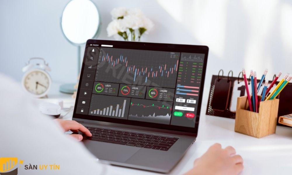 Sử dụng công thức tính của giá trị vốn hóa thị trường để đưa ra quyết định