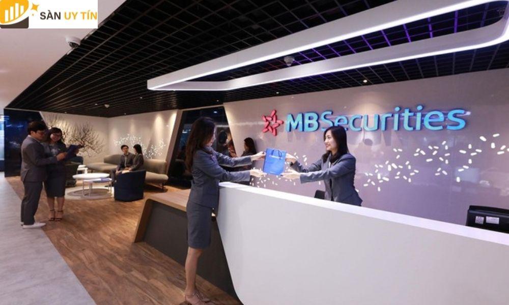 Đây là một trong 6 công ty chứng khoán đầu tiên tại thị trường Việt Nam