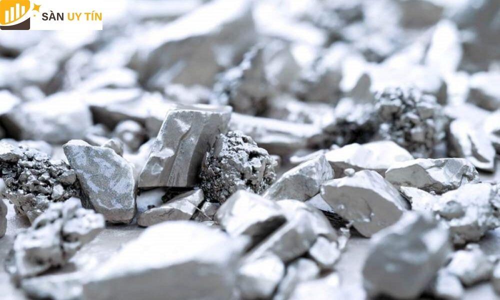 Một hợp kim của vàng kết hợp cùng các kim loại khác