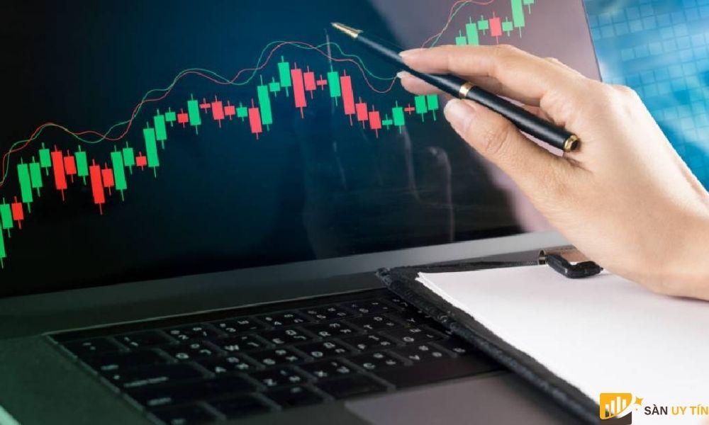Lệnh này giúp cho người giao dịch hạn chế được mức độ rủi ro khi đầu tư.