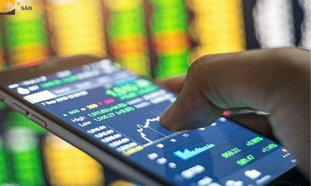 Những cổ phiếu lại đại diện cho các doanh nghiệp có quy mô kinh doanh tương đối vừa và có nguồn vốn đầu tư nhỏ.