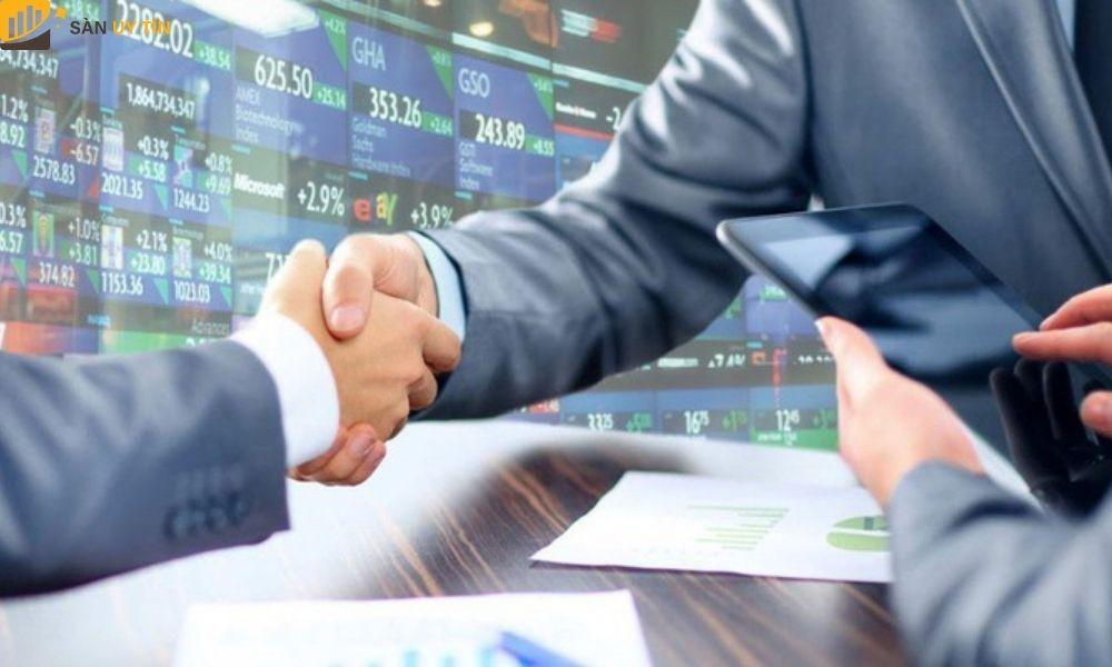 Nhà đầu tư có thể hiểu rõ được quá trình kinh doanh của công ty đó như thế nào.