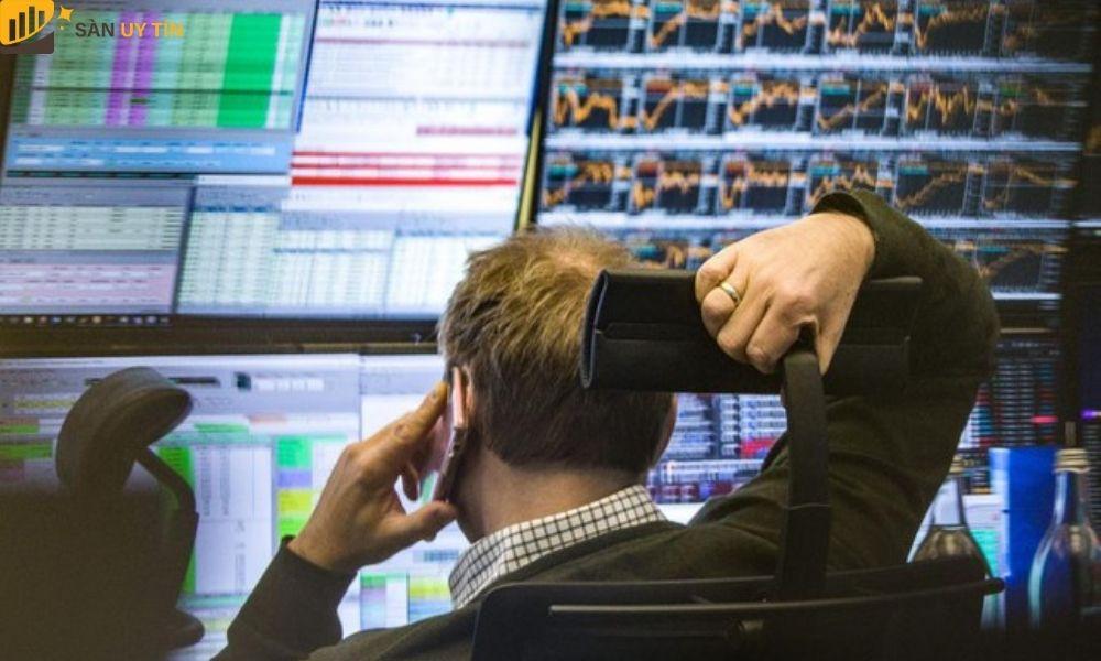 Nhà đầu tư có thể mua trực tiếp hay với tư cách là trader cũng được