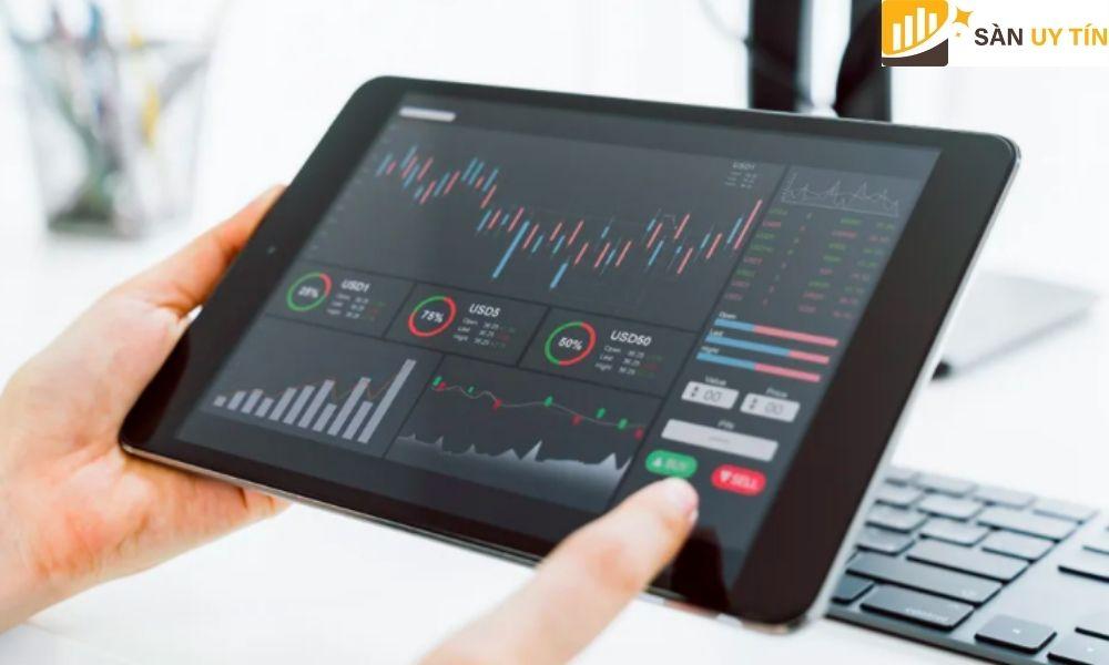 Chơi Forex cũng giống như đang tham gia vào các quá trình mua bán các cặp tiền tệ khác nhau trên thị trường
