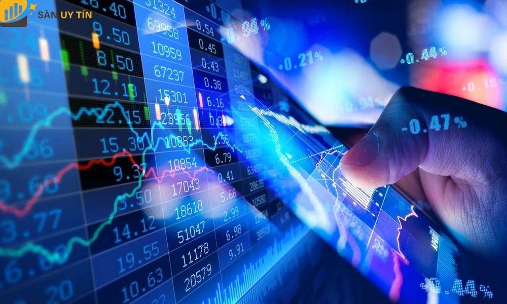 Nhà đầu tư phải chọn được cho bản thân mình một nhóm ngành nghề có tiềm năng để đầu tư