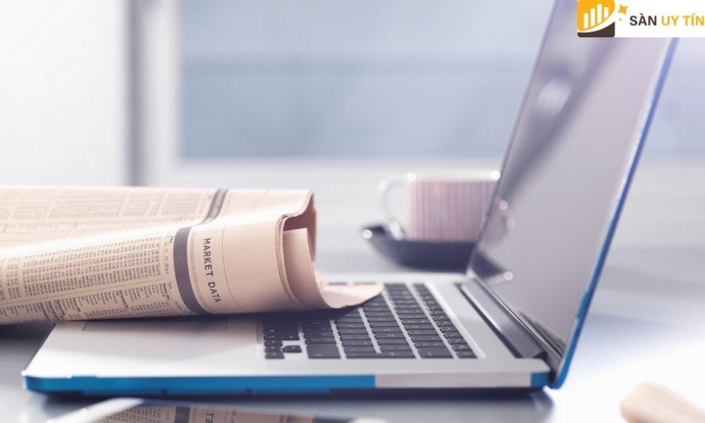 Trader hãy luôn theo dõi các bảng tin tức trước khi đưa ra quyết định mua và bán.