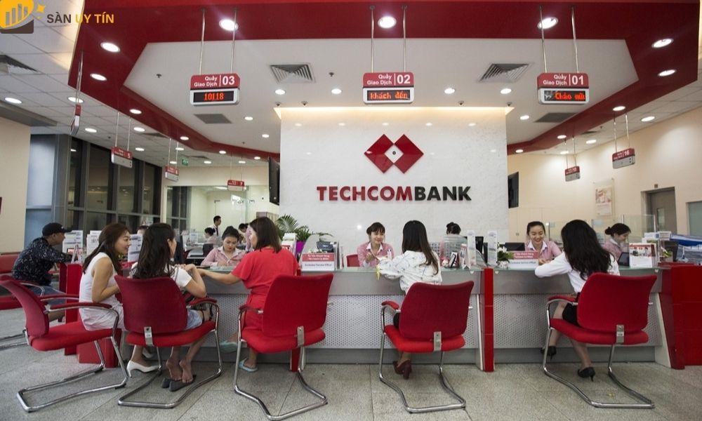 Ngân hàng Techcombank nằm trong xếp hạng ngân hàng tại Việt Nam